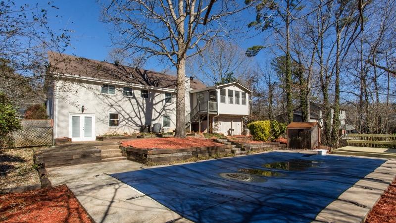 Backyard/Pool
